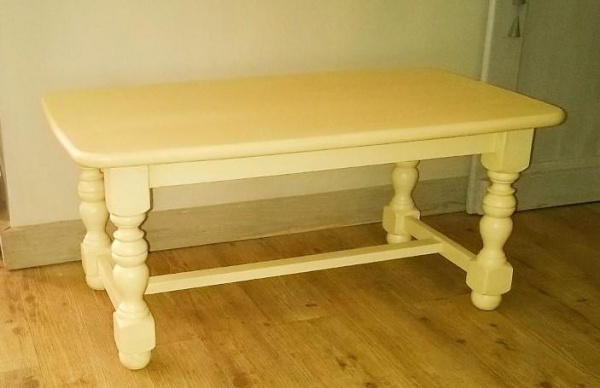 TABLE BASSE PIEDS BALUSTRE