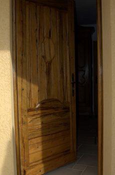 Porte d'entrée en fraké