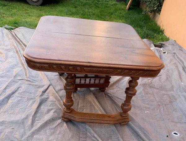 TABLE STYLE HENRI II